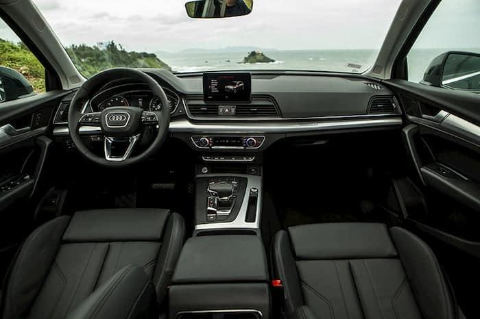 Bọc da ghế xe Audi Q5 giúp chiếc xe trở nên sang trọng