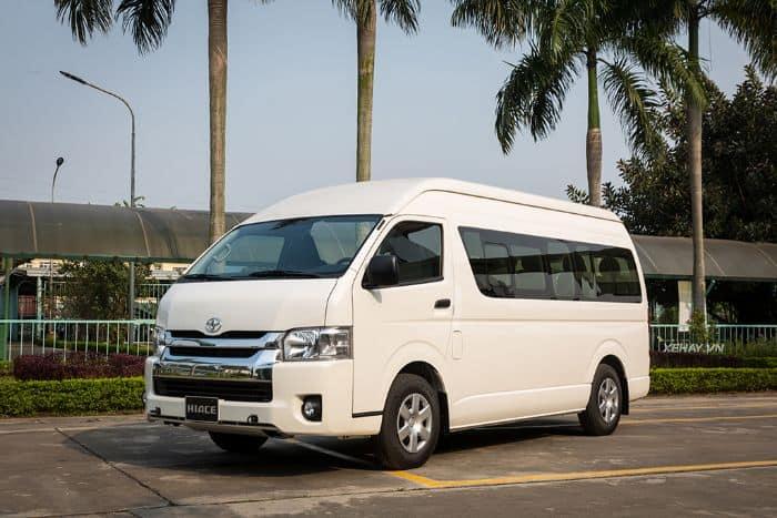 Toyota Hiace là một dòng xe có nhiều chỗ ngồi thuộc hãng Toyota