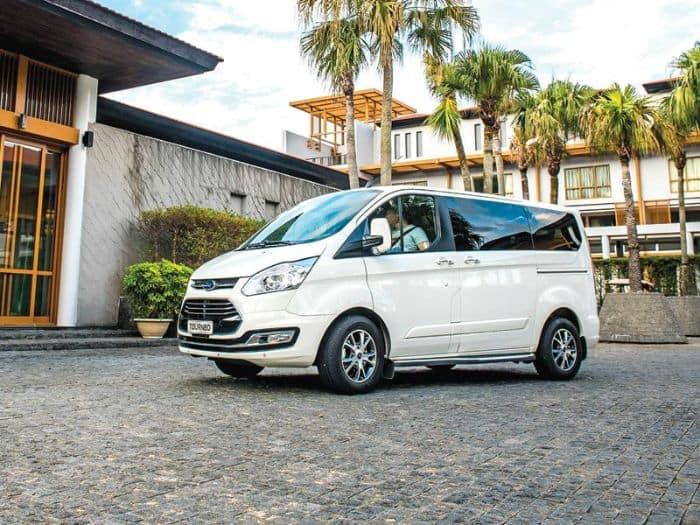 Ford TourNeo mang đến trải nghiệm tốt nhất cho người dùng