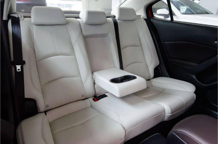 Các kiểu may bọc ghế da xe Mazda 3 phổ biến - May trần múi ngang
