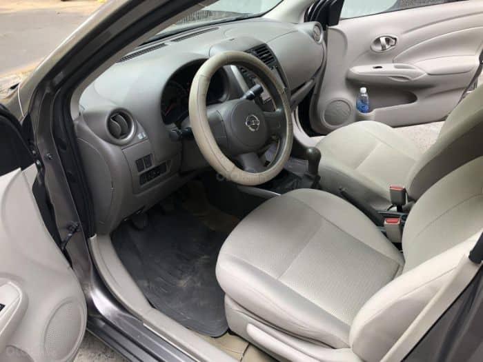 Đối với chiếc Nissan Sunny thời thượng việc bọc ghế da là rất cần thiết