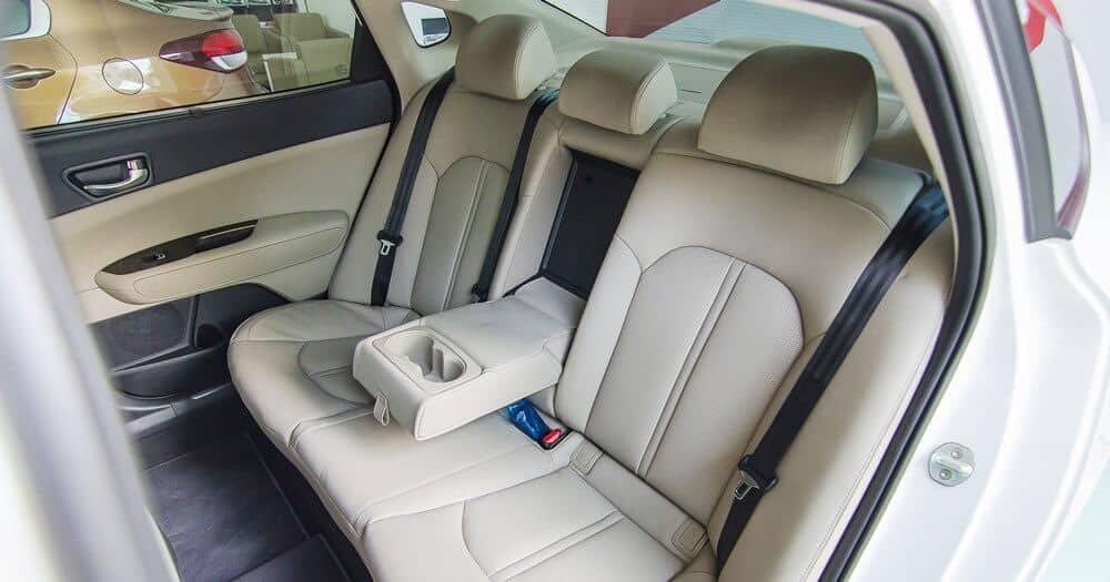 Kinh nghiệm chọn chất liệu bọc ghế xe