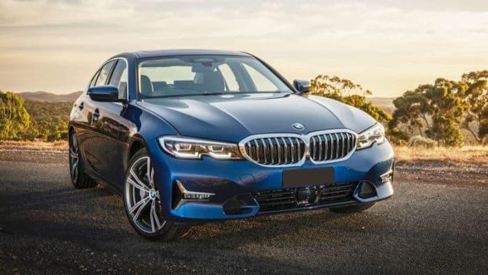 330i là dòng xe hạng sang ở phân khúc giá D của thương hiệu BMW