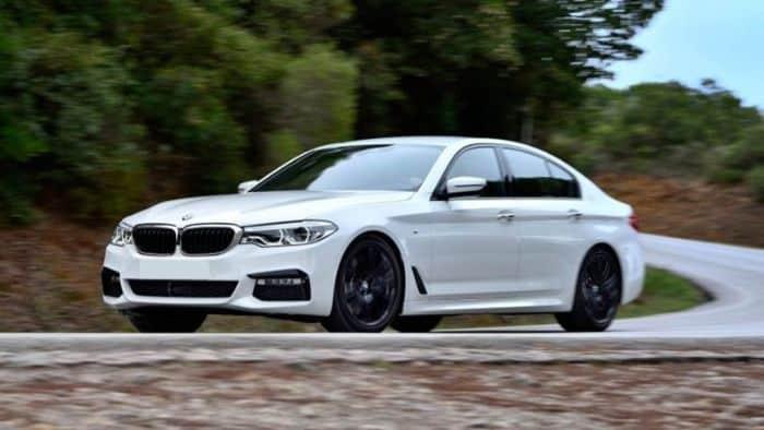520i là dòng xe đại diện cho phân khúc giá hạng sang cỡ lớn của thương hiệu BMW