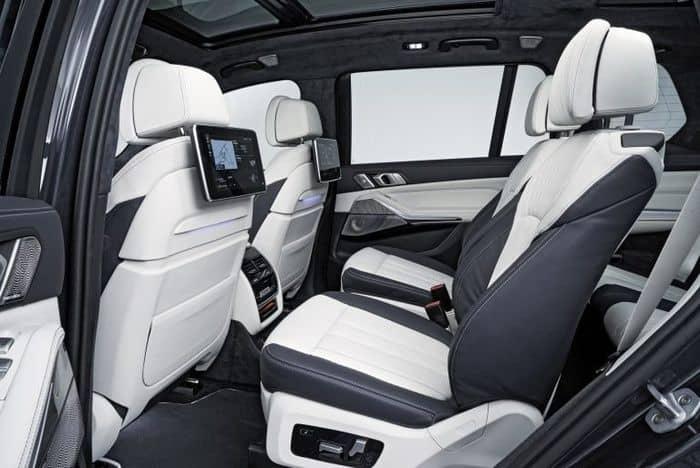 Kinh nghiệm chọn màu bọc ghế da xe BMW X7 hợp phong thủy