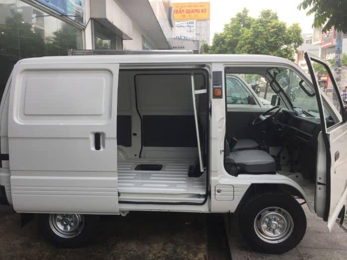 Tại sao bọc ghế da xe Suzuki Blind Van lại cần thiết?